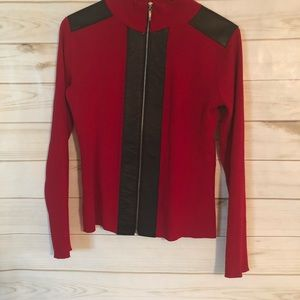 Cable & Gauge Women's Red & Black Sweater Size M